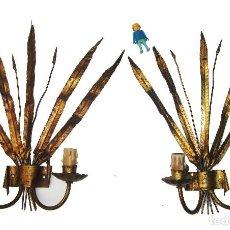 Antigüedades: LAMPARAS ANTIGUAS APLIQUES HIERRO FORJA TIPO FERRO ART DORADA ESPEJO SOL PAN DE ORO MIDCENTURY. Lote 105047587
