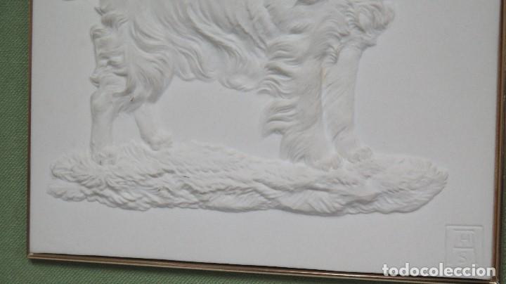 Antigüedades: BONITA PLACA DE PORCELANA DE ALGORA. PERRO COCKER - Foto 3 - 105057235
