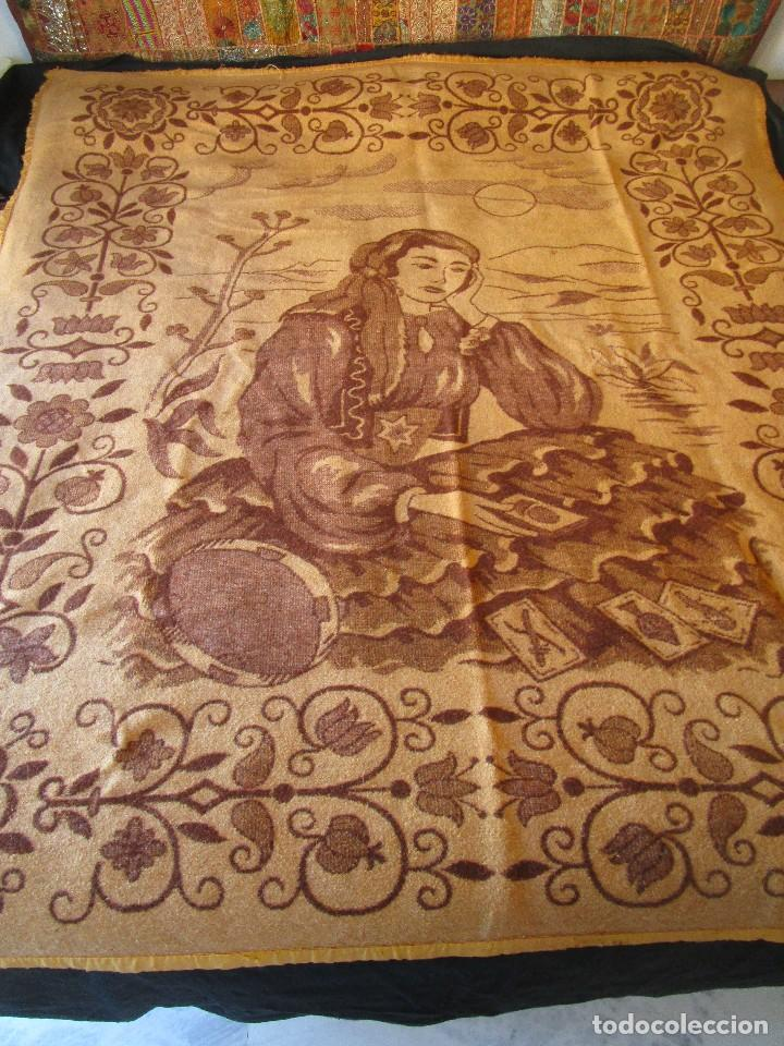 Antigüedades: antigua manta de lana tema juego cartas 220 cm x 190 cm - Foto 2 - 105073339