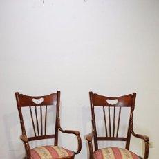 Antigüedades: PAREJA DE SILLONES ANTIGUOS DE MADERA, ESTILO THONET . Lote 105238807