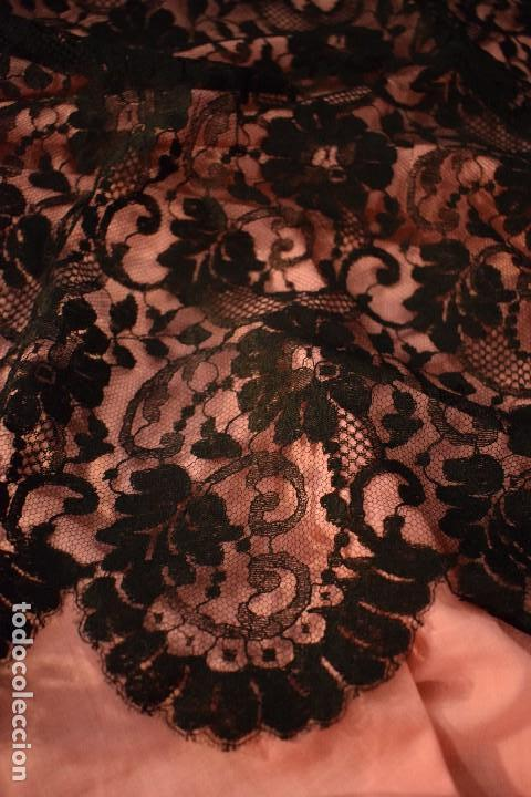 Antigüedades: Mantilla antigua Doble blonda tamaño grande perfecto estado - Foto 2 - 105259391