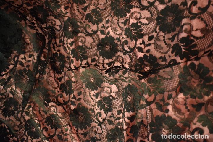 Antigüedades: Mantilla antigua Doble blonda tamaño grande perfecto estado - Foto 7 - 105259391