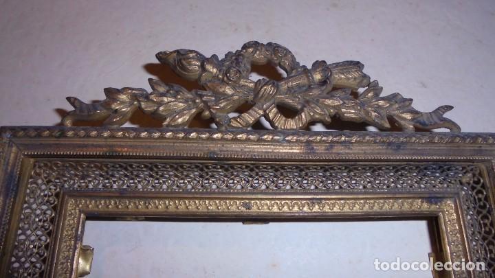 Antigüedades: ANTIGUO MARCO DE BRONCE S. XIX -DE BRONCE , 21X14,5 CM. ORIGINAL DE LA EPOCA , NO REPRODUCCION - Foto 2 - 105273743
