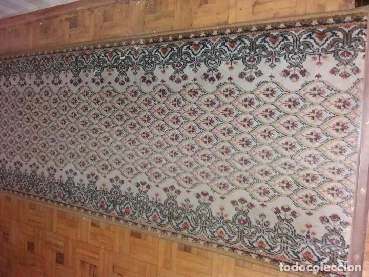 Antigüedades: alfombra de pasillo mide casi 8 m - Foto 2 - 105326823