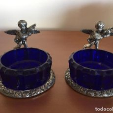 Antigüedades: DOS CUENCOS DE CRISTAL CON ANGELITOS. Lote 105339239