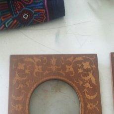 Antigüedades: MARCO CON MARQUETERIA.. Lote 105342352