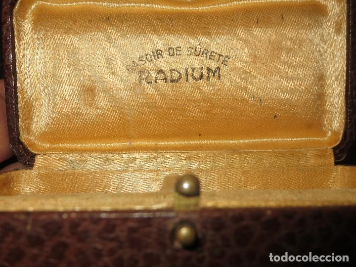 PELUQUERIA ANTIGUA CAJA RASOIR DE SURETE RADIUM PARA MAQUINA DE BARBERIA (Antigüedades - Varios)