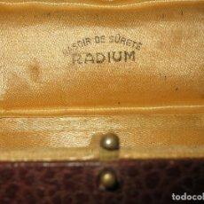 Antigüedades: PELUQUERIA ANTIGUA CAJA RASOIR DE SURETE RADIUM PARA MAQUINA DE BARBERIA. Lote 105378515