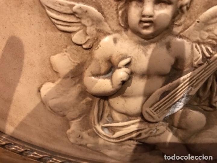 Antigüedades: Vitrina dorada cerca de 1900 - Foto 4 - 105436191