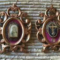 Antigüedades: PAREJA DE CORNUCOPIAS DE MADERA DORADA, RELICARIOS. Lote 105585947