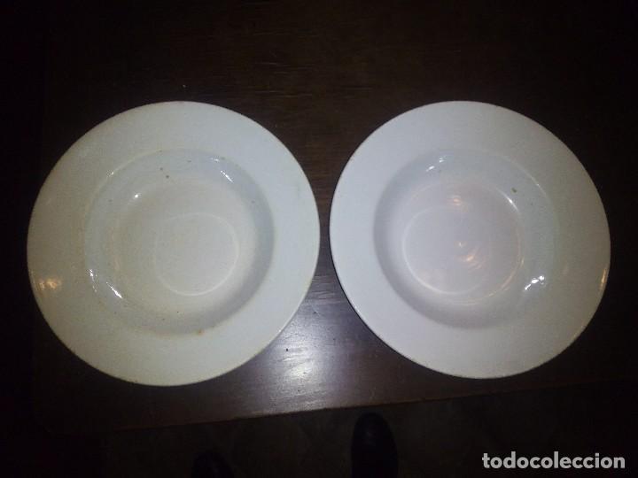 2 PLATOS HONDOS, ¿PICKMAN? (Antigüedades - Porcelanas y Cerámicas - Otras)