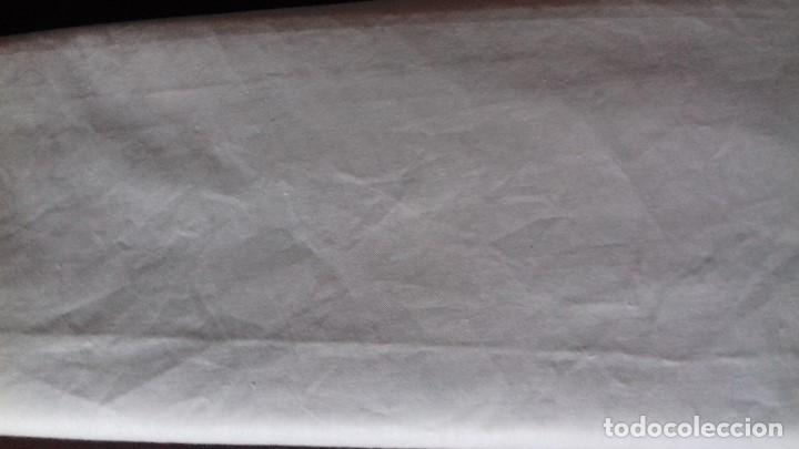 ANTIGUO CORTE DE TELA DE BUEN ALGODON PARA FUNDAS DE ALMOHADA. 4 METROS 90 CMS. X 90 DE ANCHO (Antigüedades - Hogar y Decoración - Sábanas Antiguas)