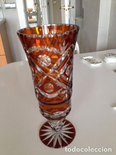 JARRÓN TALLADO CRISTAL DE BOHEMIA (Antigüedades - Cristal y Vidrio - Bohemia)