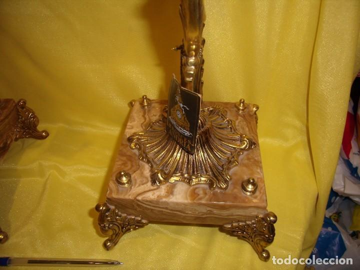 Antigüedades: Candelabros bronce chapado oro, baño de oro mármol, de Bronces Andria, años 70, Nuevos. - Foto 9 - 105669059