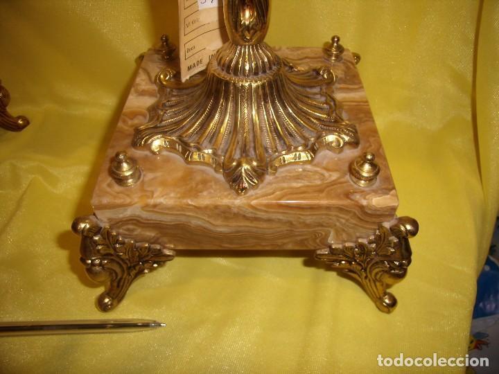 Antigüedades: Candelabros bronce chapado oro, baño de oro mármol, de Bronces Andria, años 70, Nuevos. - Foto 10 - 105669059