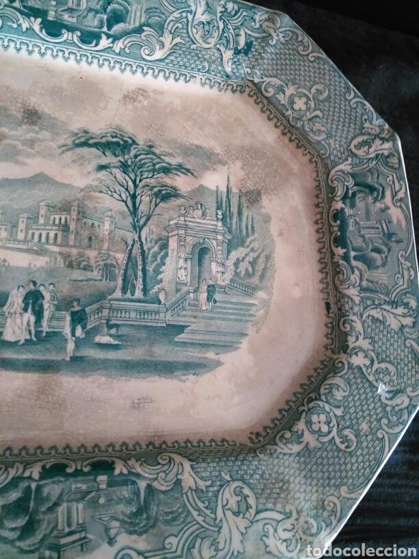GRAN BANDEJA SAN JUAN DE AZNALFARACHE (Antigüedades - Porcelanas y Cerámicas - San Juan de Aznalfarache)