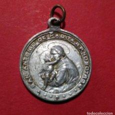 Antigüedades: MEDALLA DE SAN ANTONIO DE PADUA Y LA INMACULADA CONCEPCIÓN. 2,1 CM DE DIAMETRO.. Lote 105728735