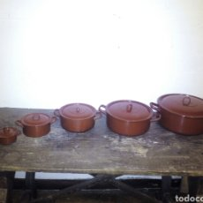 Antigüedades: 5 CINCO TARTERAS ESMALTADAS EN ROJO ROJAS. PARA DECORACIÓN RUSTICA ( OLLA ). Lote 105739096