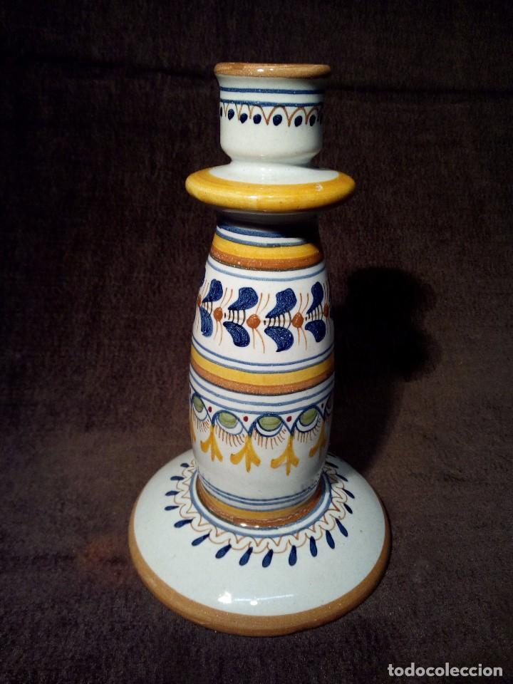 TALAVERA PORTAVELAS DE CERAMICA EL CARMEN PERFECTO ESTADO (Antigüedades - Porcelanas y Cerámicas - Talavera)