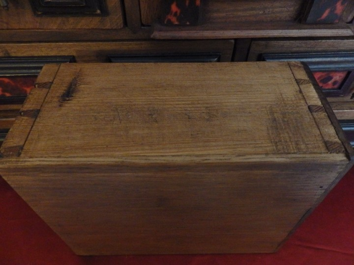 Antigüedades: Bargueño español en madera con decoración de placas de carey. - Foto 8 - 105763167