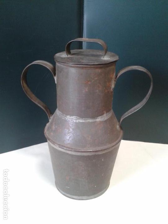Antigüedades: Jarra de lata. Artesanía. Con Tapadera. Años 40. - Foto 4 - 105765659