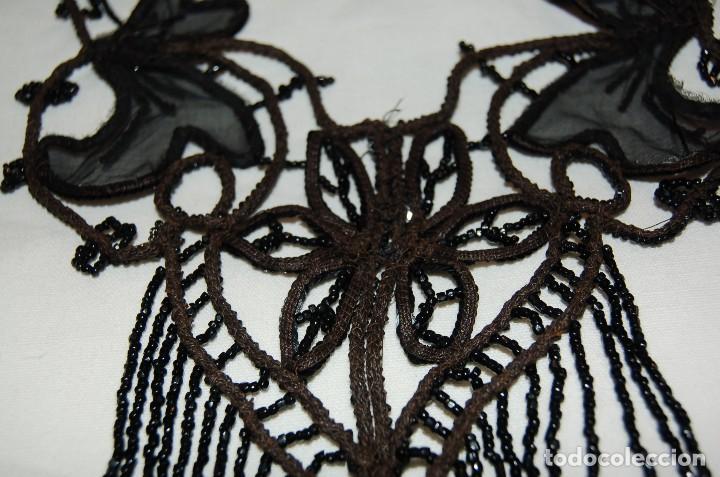 Antigüedades: Pechera o adorno, tipo collar, de azabache. - Foto 5 - 105804675