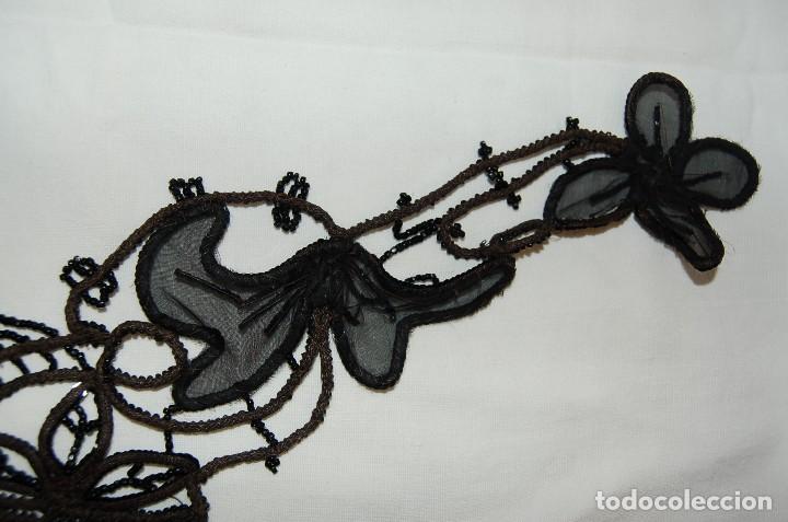Antigüedades: Pechera o adorno, tipo collar, de azabache. - Foto 9 - 105804675
