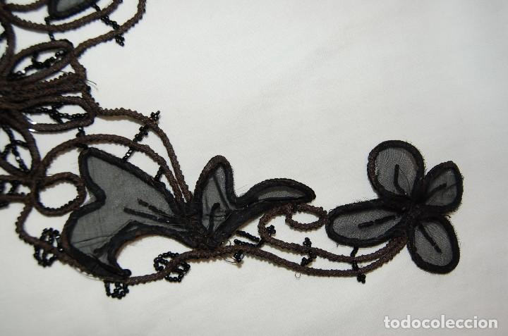 Antigüedades: Pechera o adorno, tipo collar, de azabache. - Foto 10 - 105804675