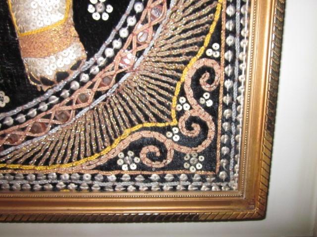 Antigüedades: cuadro tapiz elefante hecho artesanalmente y repujado con lentejuelas e hilos dorados - Foto 6 - 101671463