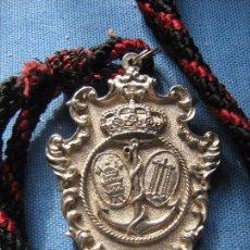 Antigüedades: SEMANA SANTA AYAMONTE - HUELVA - MEDALLA HERMANDAD DEL SANTO ENTIERRO. Lote 105835979