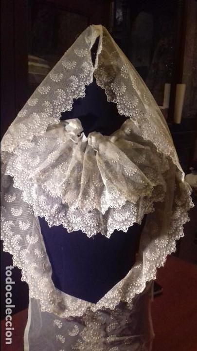 Antigüedades: antiguo tul bordado encaje tocado de virgen o paño de altar semana santa gran tamaño 385 cm leer - Foto 7 - 105843115