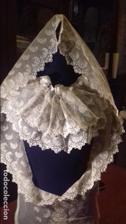 Antigüedades: antiguo tul bordado encaje tocado de virgen o paño de altar semana santa gran tamaño 385 cm leer - Foto 11 - 105843115
