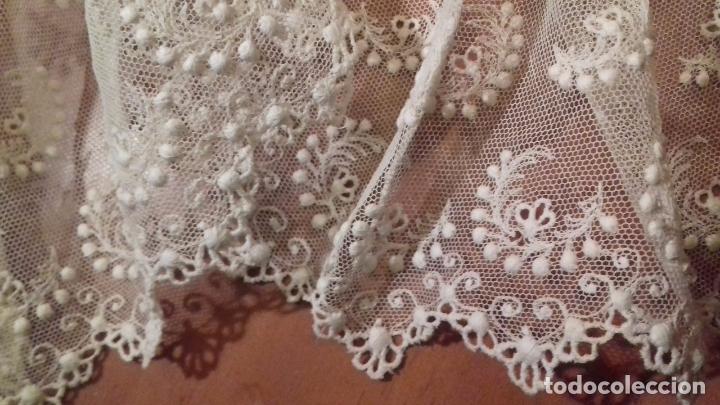 Antigüedades: antiguo tul bordado encaje tocado de virgen o paño de altar semana santa gran tamaño 385 cm leer - Foto 12 - 105843115