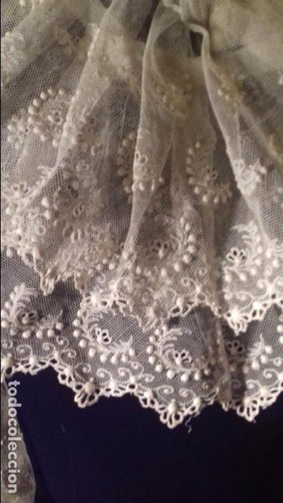 Antigüedades: antiguo tul bordado encaje tocado de virgen o paño de altar semana santa gran tamaño 385 cm leer - Foto 24 - 105843115