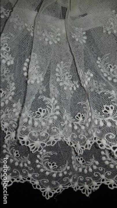 Antigüedades: antiguo tul bordado encaje tocado de virgen o paño de altar semana santa gran tamaño 385 cm leer - Foto 29 - 105843115