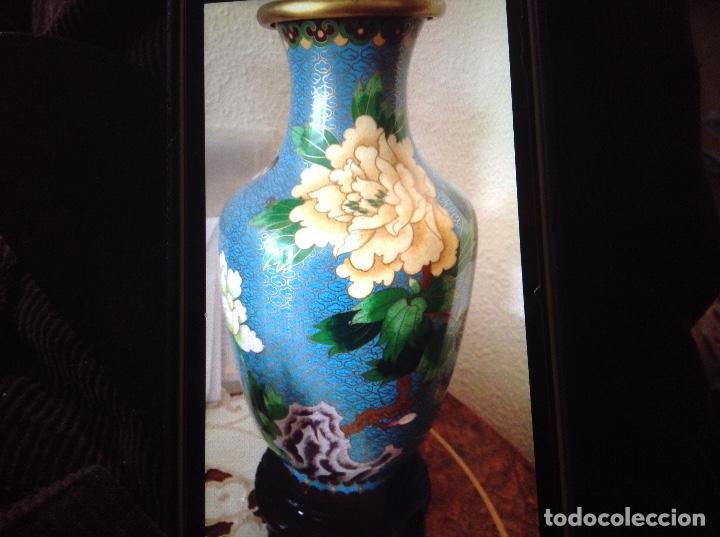 Antigüedades: Pareja Jarrones cloisonne esmaltes bronce - Foto 2 - 105906195