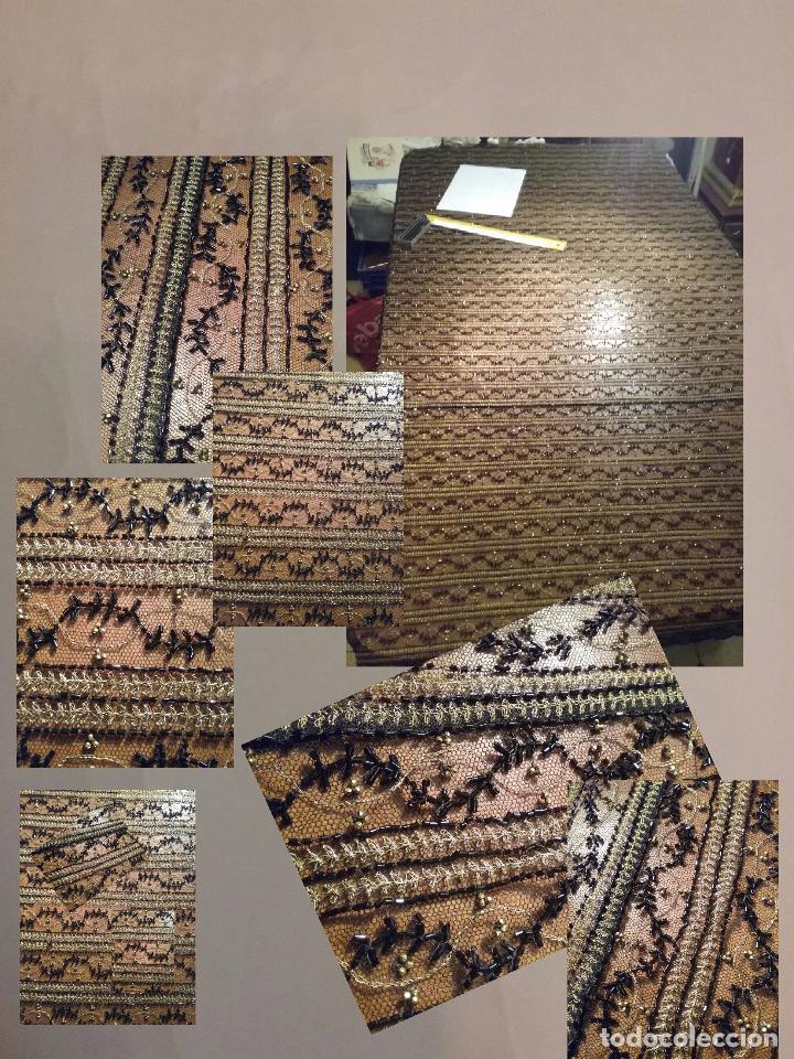 Antigüedades: antiguo tul bordado negro pedreria dorada oro y cristal de azabaches difuntos semana santa virgen - Foto 20 - 105933943