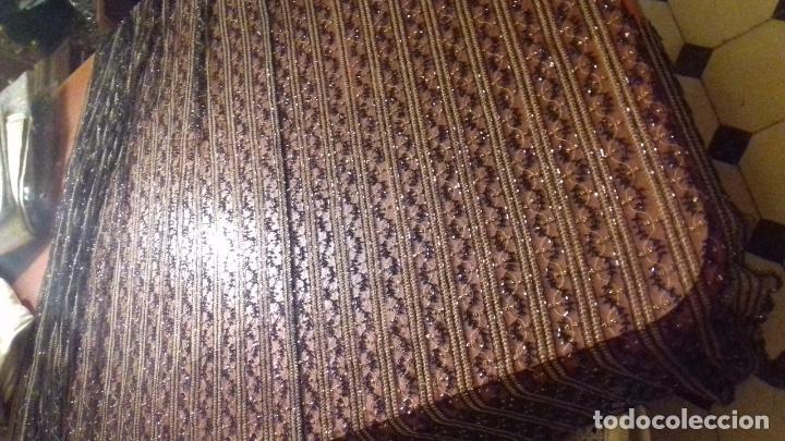 Antigüedades: antiguo tul bordado negro pedreria dorada oro y cristal de azabaches difuntos semana santa virgen - Foto 33 - 105933943