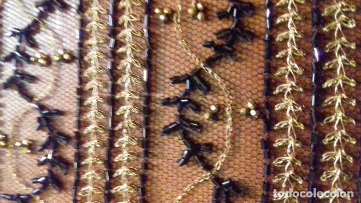 Antigüedades: antiguo tul bordado negro pedreria dorada oro y cristal de azabaches difuntos semana santa virgen - Foto 34 - 105933943