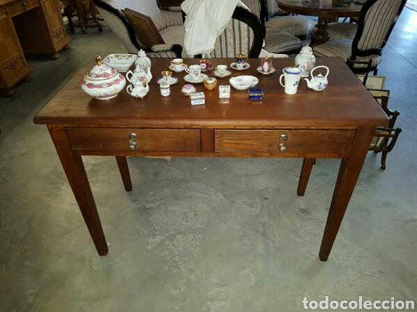Mesa antigua de cocina o mesa tocinera restaurada en perfecto estado  tiradores originales