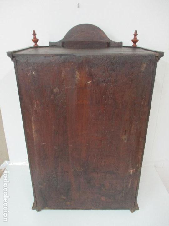 Antigüedades: Antigua Capilla - Vitrina - Carlos IV - Madera de Nogal - Marquetería - Finales S. XVIII - Foto 19 - 105985151