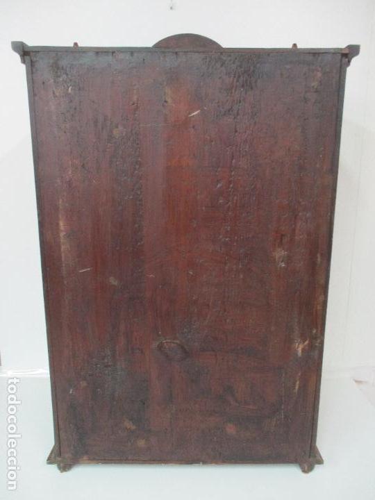 Antigüedades: Antigua Capilla - Vitrina - Carlos IV - Madera de Nogal - Marquetería - Finales S. XVIII - Foto 20 - 105985151