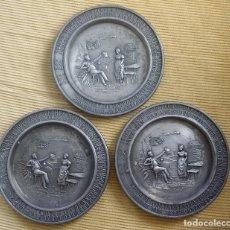 Antigüedades: LOTE 3 PLATICOS ZINN, ESTAÑO, PWETER. GERMANY. LA FAMOSA MARCA FRIELIN ZINN. GUETEZEICHEN ZINNGERAT. Lote 105989407
