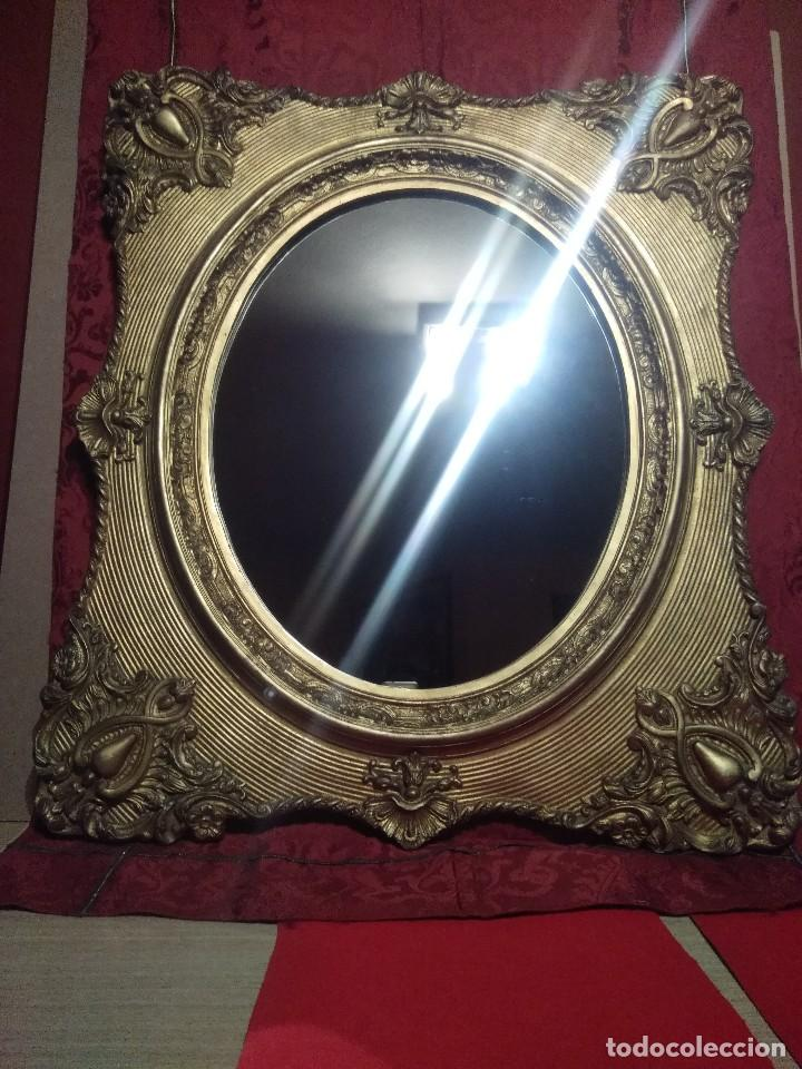 Excelente Espejo Enmarcado Con Una Moldura Imagen - Ideas de Arte ...
