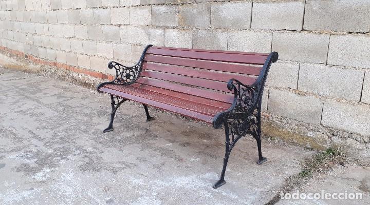 Antigüedades: Banco antiguo de madera y hierro, sofa o banco de jardín estilo francés, retro vintage - Foto 6 - 106072359