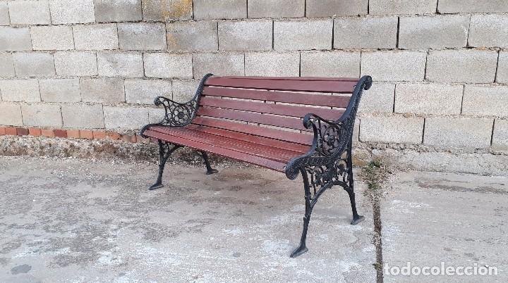 Antigüedades: Banco antiguo de madera y hierro, sofa o banco de jardín estilo francés, retro vintage - Foto 11 - 106072359