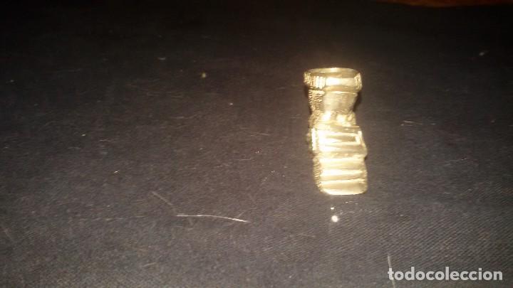 Antigüedades: bota de epoca DE METAL PLATEADO.PRIMERA MITAD DEL SIGLO XX. METAL,HIERRO O PLOMO. - Foto 2 - 106083083