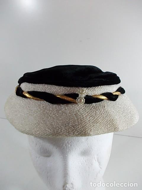 ANTIGUO Y ELEGANTE SOMBRERO CASQUETE DE SEÑORA DE LOS AÑOS 40-50 (Antigüedades - Moda - Sombreros Antiguos)