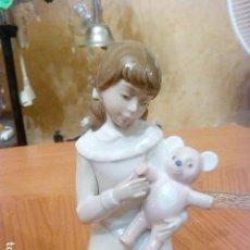 Antigüedades: PRECIOSA FIGURA NADAL . Lote 106094995