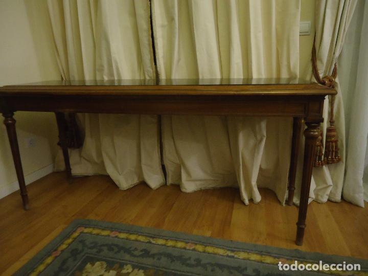 Antigüedades: Espectacular consola tamaño grande en nogal Satín macizo. 175 x 55 x 90 de alto. - Foto 2 - 106110779